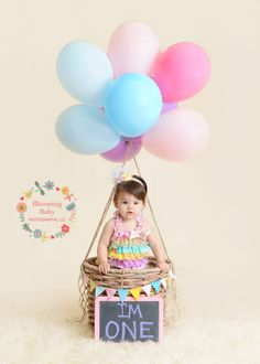 ideas baby girl birthday pictures air balloon for 2019 Birthday Girl Pictures, First Birthday Photos, First Birthday Parties, Birthday Ideas, Birthday Quotes, Birthday Gifts, Birthday Cake Smash, Baby Girl Birthday, Balloon Pictures