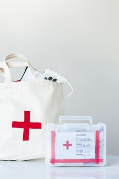 DIY First Aid Kits F