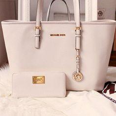 https://www.pinterest.com/taia_hara/  Diese und weitere Taschen auf www.designertaschen-shops.de entdecken