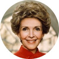 """Nancy Reagan, Former First Lady quoting Eleanor Roosevelt """"A woman is like a t.:separator:Nancy Reagan, Former First Lady quoting Eleanor Roosevelt """"A woman is like a t. Nancy Reagan, Maureen Reagan, 40th President, President Ronald Reagan, Presidents Wives, American Presidents, American History, Republican Presidents, First Ladies"""