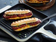 Mampf dich glücklich: Grilled Cheese Sucuk Dog