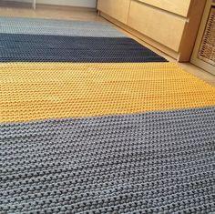 dywan słoneczny - dywan, chodnik, minimalizm