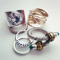 Ahora puedes limpiar tus joyas de plata con este sencillo truco. Tus anillos y pendientes quedarán tan relucientes como el primer día.