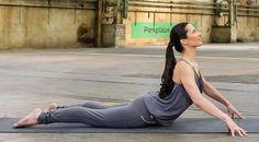 Workshop Yin-Yoga mit SMR nutzt die Synergien der Faszienlehre und des hochsensiblen Energiesystems der Meridiane . Entdecke in diesem Workshop wie du mit Übungen zur Self Myofascial Release (SMR) Technik mit der Blackroll und Yin-Yoga das Fasziengewebe, dieses gigantische Netzwerk in unserem ganzen Körper, das jeden Muskel, jedes Organ, Knochen sogar unsere Nerven umhüllt, erreichen kannst. Yin Yoga, Yoga Retreat, Workshop, Formal Dresses, Muscle, Dresses For Formal, Atelier, Formal Gowns