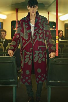 Kristoffer Hasslevall snapped by Thomas Cooksey and styled by Grant Pearce with pieces from Burberry Prorsum, for the October 2014 issue of GQ China. Mens Athletic Fashion, Cheap Mens Fashion, Photography Poses For Men, Fashion Photography Inspiration, Editorial Photography, Fashion Inspiration, Fashion Shoot, Editorial Fashion, Men Editorial