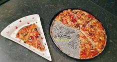 Pizza de casa cu blat pufos Pizza este o reteta practica pentru o gustare rapida si delicioasa. Blatul este foarte usor de facut iar toppingurile Ketchup, Diy Food, Vegetable Pizza, Gin, Cheese, Vegetables, Vegetable Recipes, Vegetarian Pizza, Jin