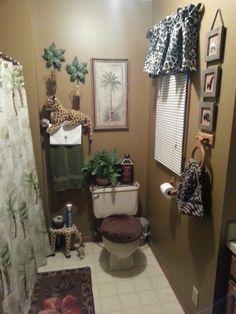 Jungle bathroom smart ideas safari bathroom set and amazing decor jungle accessories jungle print bath towels Cheetah Print Bathroom, Safari Bathroom, Budget Bathroom, Bathroom Sets, Small Bathroom, Bathrooms, Modern Bathroom, Paris Bathroom, Classic Bathroom