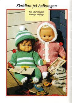 Albumarkiv - Sticka och virka Dockkläder till Skrållan, Barbie & Sindy Knitting Dolls Clothes, Doll Clothes Patterns, Doll Patterns, Knitting Patterns, Baby Born, Pattern Books, Animals And Pets, Baby Dolls, Craft Projects