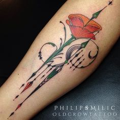 Poppy Tattoo by Philip Milic. Not a fan of the poppy flower but I like the details around it. Poppies.