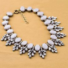 Fresh Style Faux Crystal Leaf Embellished Light-Colored Faux Gemstone Alloy Necklace For Women