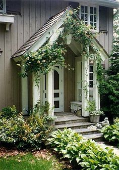 Entrance ... Now this is curb appeal !