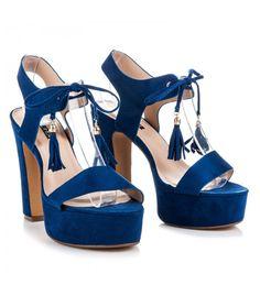 Sandále na stĺpci so strapcami 5A5699BL