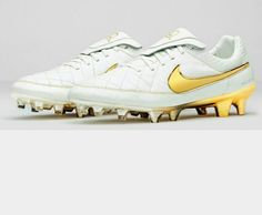 new product 89d04 2b298 Tacos De Fútbol, Futbol, Tenis, Deportes, Calzado, Ronaldo, Zapatos De