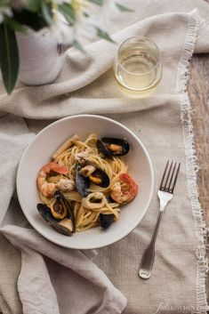 This is a classic fish menu of the Italian summer: a buttery squid salad, a bowl tasty of seafood spaghetti and sea salt grilled mackerels. #fish #Italian #pasta