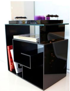The G end table, design by Anna-Grace Davidtson for Reflex/Angelo