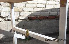 Походный столик раскладного образца на Шевроле Нива