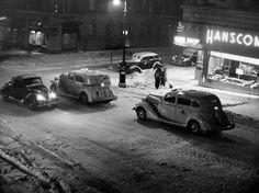 96th-97th Streets, Madison Avenue, 1943, photograph by John Albok, Vintage gelatin silver print
