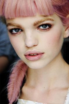 Daphne Groeneveld - obsessed with this model right now!!!