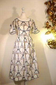 NOVELTY DRESS Vintage EIFFEL Tower Paris Design Rockabilly Full Skirt Pinup Lucy pin-up Shirt Coat Swing Art Deco 1940 1950 1960 Cotton (115.00 EUR) by FeverVintage