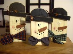 "18"" Wooden snowmen"