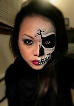 halloween tutorial edgy half face skull nouvelle daily. Black Bedroom Furniture Sets. Home Design Ideas