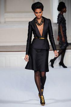 Oscar de la Renta Fall 2009 Ready-to-Wear Collection Photos - Vogue