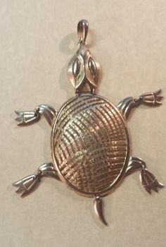 Vintage Mid Century Goldtone Articulated Turtle Large Pendant Cute! #Alan #CoutureFashion