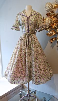 1950s Day Dress / Vintage 50s  Zip Front Floral by xtabayvintage, $98.00