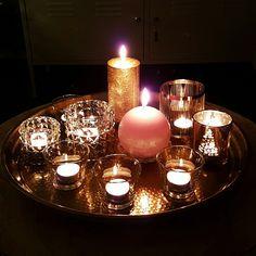 Een schaal vol met kaarsen voor wat gezelligheid om de koude winteravonden door te komen ❄