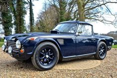 1968 Triumph - My old classic car collection Triumph Auto, Triumph Sports, Triumph Motorcycles, Old Sports Cars, British Sports Cars, Bmw Z3, Vintage Cars, Antique Cars, Automobile