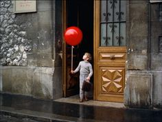 The Red Balloon, 1956. This was the sweetest little film ever!!!!