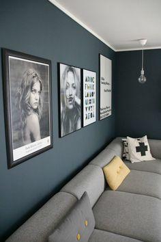 Nyanser av blått Living Room Paint, Living Room Grey, Home Living Room, Living Room Designs, Living Room Decor, Mustard Living Rooms, Tan Sofa, Home Board, Small Apartment Decorating