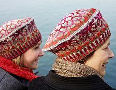 KNIT beret Ogiku pattern by Sarah Mombert Free download http://www.ravelry.com/patterns/library/ogiku