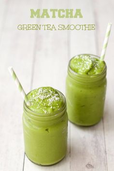 Healthy Smoothies 30 Super Healthy Smoothie Recipes - Easy smoothie Recipe - Karluci - Need some quick and easy but healthy ideas for breakfast or post workout meals? Try this 30 Healthy Smoothie recipes. Smoothies Vegan, Easy Healthy Smoothie Recipes, Tea Smoothies, Healthy Drinks, Protein Recipes, Green Smoothies, Vegan Recipes, Healthy Foods, Juicer Recipes