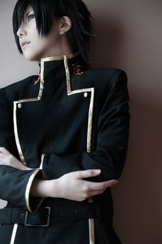 Code Geass  Lelouch Lamperouge Cosplay... pretty sure this is a girl cosplaying