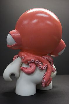 not a dunny, but the octopus makes it worth an honorary mention...