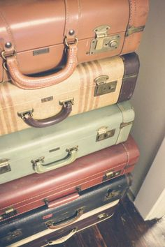 A big old stack of suitcases :)