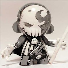 Custom mini munny : Salem