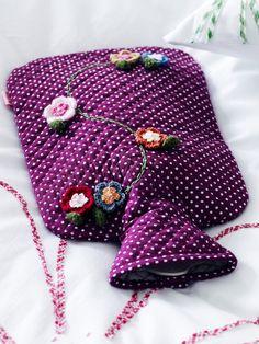 Cute hot water bottle Bottle Cover, Needlework, Water Bottle, Sleep, Warm, Gift Ideas, Sewing, Hot, Pretty