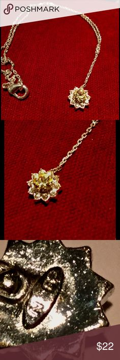 ♦️Avon Sterling silver citrine stone necklace Gorgeous citrine color stone surrounded by simulated diamonds. Avon Jewelry Necklaces