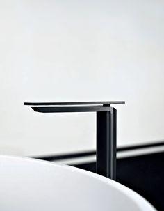 'Sen' bathtub tap by Agape.