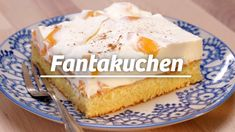 Italian Cookie Recipes 98182 A classic that always goes: fan cake! So nice and fresh, juicy and tastes great of orange. We show you here how you can make the soda cake. Quick Dessert Recipes, Homemade Cake Recipes, Easy Cookie Recipes, Easy Desserts, Easter Recipes, Tastemade Dessert, Dessert Simple, Chocolate Cake Recipe Easy, Chocolate Chip Recipes