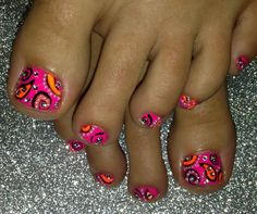 Paisley toe nail art nails for fun uñas pies, uñas pintadas Pedicure Designs, Pedicure Nail Art, Toe Nail Designs, Toe Nail Art, Diy Nails, Pedicure Ideas, Nails Design, Nail Ideas, Fancy Nails