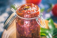 Make this sweet, & tangy-sweet tomato chutney using pantry staples in under 20 minutes. This accompaniment pairs well with any Indian meal. Paneer Recipes, Indian Food Recipes, Vegetarian Recipes, Snack Recipes, Snacks, Chutney Recipes, Indian Dips, Indian Meal, Vinegar