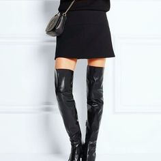 Gucci - Horsebit-detailed leather over-the-knee boots Winter Chic, Autumn Winter Fashion, Over The Knee Boot Outfit Night, Casual Fall Outfits, Cute Outfits, Leather Over The Knee Boots, Leather Boots, Gucci Horsebit, Retro Fashion