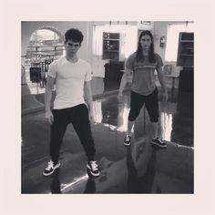 "Cameron Boyce and Booboo Stewart do the splits after Descendants 3 coming up announcement! 545.1 χιλ. ""Μου αρέσει!"", 3,479 σχόλια - Cameron Boyce (@thecameronboyce) στο Instagram: ""when you hear the news... @disneydescendants"""