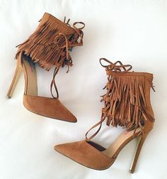 8586cb65074 I am obsessed with these shoes! JustFab I think has them Trendy Shoes