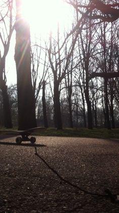 Skateboarding in @nature