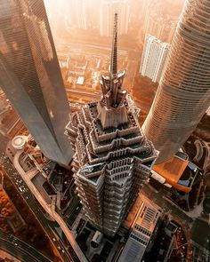 These magnificent views of Shanghai from above were taken by drone by German design director Mark Siegemund , who presents the juxtaposition of tradition and modernity of this dynamic city in a series of breathtaking images. Urban Photography, Aerial Photography, Street Photography, Landscape Photography, Life Photography, Chrysler Building, Visit Shanghai, Shanghai Tower, Shanghai City