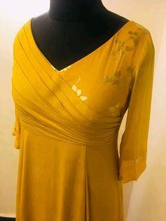 Neck Designs For Suits, Dress Neck Designs, Blouse Designs, Churidar Designs, Kurta Designs Women, Kurti Patterns, Neck Patterns For Kurtis, Kurta Neck Design, Pakistani Dress Design